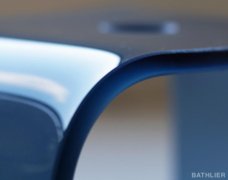 アクリル製バスチェアの価格の違いは「厚みの違い」ってご存知でしたか?
