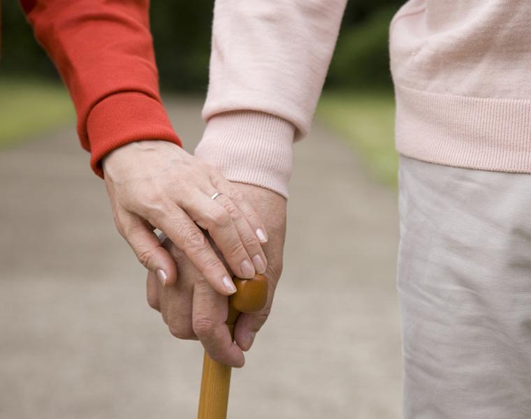介護・高齢者向けのバスチェアを選ぶ時は色も大切